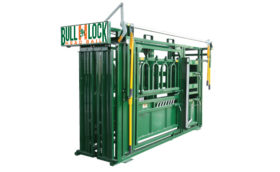 Bull-Lock 8200 Cattle Crush
